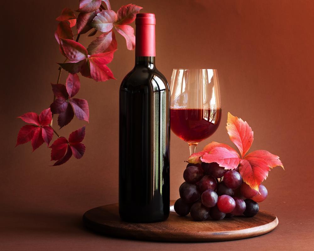 5 Bebidas con Vino Tinto Fáciles de Preparar